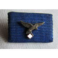 """Фельдшпанга к медали """"Выслуга в Luftwaffe, 4 года""""."""