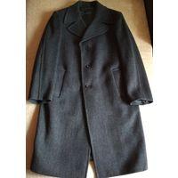 Мужское пальто деми