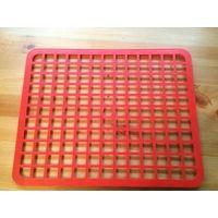 Решетка в раковину пластиковая красного цвета размер 35 на 28 см, б/у недолго.