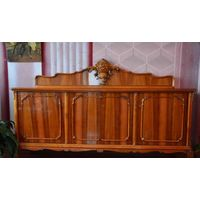 Румынский гостиный гарнитур антикварный