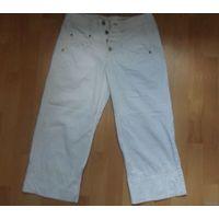 Капри- брюки девичьи от 42 р-ра,можно на подростка