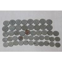 Монеты разные одним лотом и жетоны белсвязь