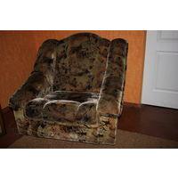 Большие, мягкие кресла