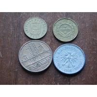 Четыре монеты за 1 рубаль 22