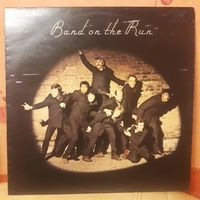 PAUL MCCARTNEY AND WINGS - 1973 - BAND ON THE RUN (UK), LP + POSTER