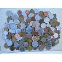 210 монет иностранных государств
