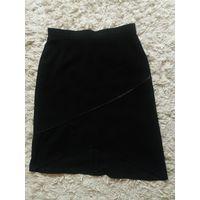Черная классическая юбка.