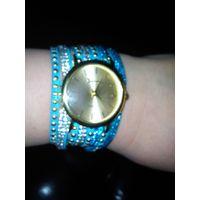 Новые очень красивые часы Geneva, кварц