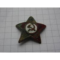 Звезда РККА на головной убор командного состава ВМФ .