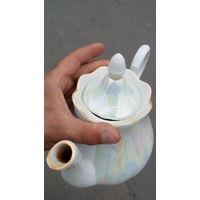 Фарфоровый чайник,большой,Добруш