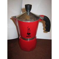 Гейзерная кофеварка Bialetti Fiametta