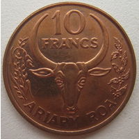 Мадагаскар 10 франков 1996 г. (d)