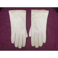 Перчатки женсике (натуральная кожа) новые, размер 7