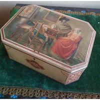 Большая коробка шкатулка футляр марки CONFISERIE NATIONALE HOBOKEN металл Середина прошлого века