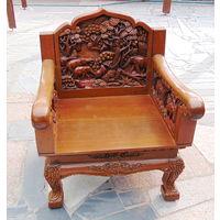 Шикарное,резное кресло для кабинета,охотничего домика, дачи и т.д.
