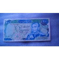 Иран 200 реалов 1979 год. распродажа