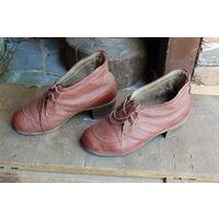 Обувь для реконструкции. Женские туфли, в состоянии, времен 30-40-х годов.