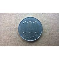 Япония 100 йен.  2000г. (D)