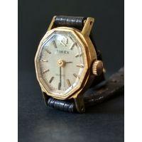 Винтажные женские классические наручные часы Timex (USA) кожаный браслет