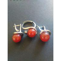 Серьги и кольцо с сердоликом