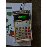 Калькулятор СССР ЭЛЕКТРОНИКА Б3-18А в рабочем состоянии
