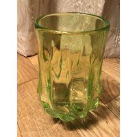 Винтажная ваза СССР из уранового стекла
