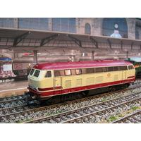 Дизельный локомотив BR-215 036 ROCO. Масштаб НО-1:87.