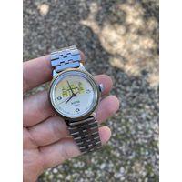 Часы Восток ( Лот с рубля )