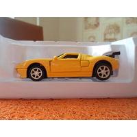 Коллекционная металлическая модель Форд-GT-40