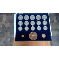 Югославия.Олимпиада в Сараево 1984г./комплект полный с медалями/.100 динар 5 монет, 250 динар - 5 монет, 500 динар - 5 монет. 3 медали.  Пруф. Серебро 0,925.
