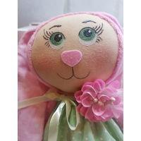Зайка розовая -игрушка ручной рабочной работы