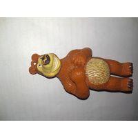 Медведь из серии маши и медведь