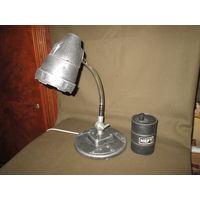 Лампа настольная в стиле Хай-Тек и баррель нефти(имитация)