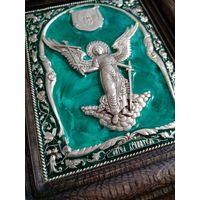 """Икона """"Ангель хранитель"""", киот дуб, эмаль, серебрение"""