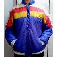 Куртка яркая женская. Для спорта,прогулок.Демисезон,теплая. Синтепон. Хорошо стирается,носится.