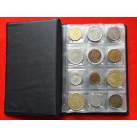 Альбом (120 ячеек) с монетами 94шт. Монеты из 35 стран мира.