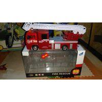 Пожарная машинка ( с батарейками)