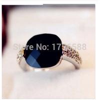 Кольцо с чёрным камнем (горный хрусталь) размер 6. распродажа