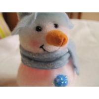 Снеговик из ткани, светится разными цветами
