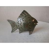 Подсвечник оригинальный металлический Рыбка Германия 60-е годы, высота 18 см.