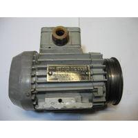 Эл/двигатель асинхронный тип 4АА50В2 (220/380В,120 Вт,2720 обор/мин,на лапах)