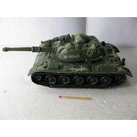 Танк игрушечный М-60А3 (18х8х7 см)