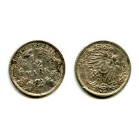 Германия 1/2  марки 1915 серебро