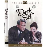 Кабинетный гарнитур / Сослуживцы / Desk Set (Кэтрин Хепберн ,Спенсер Трэйси) DVD9