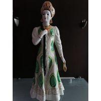 Фарфоровая статуэтка Хозяйка медной горы (актриса Тамара Макарова). Дулево 1950год
