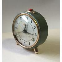 Часы-будильник ВИТЯЗЬ - СССР