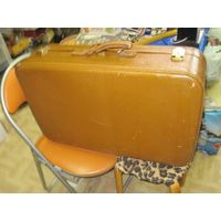 Отличный фибровый чемодан 70*45*18 см.