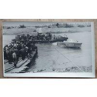 Фото из СССР. Переправа через Неман. 1960-е. 11х18 см.