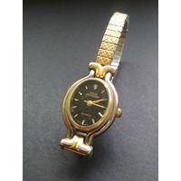 Винтажные женские классические наручные часы Sarah Coventry (USA) металлический браслет
