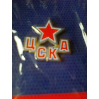 Значок хоккейного клуба ЦСКА.